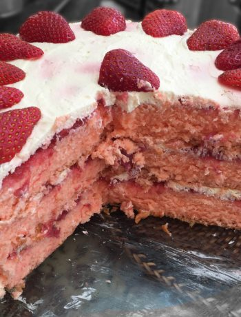 Strawberry Cake - featured photo